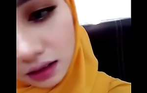 MALAY HIJAB Sweeping Oversexed