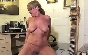 Acting Back Knicker'_s  Naked Swiss ball workout