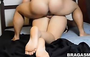 Horny mature big ass fucking with her daughter'_s skimp