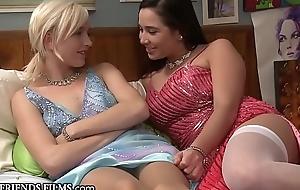 Pussy Licking Karlee Venerable Makes Blonde Teen Love Lesbian Sex