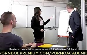 PORNO ACADEMIE - Duplicate penetration sex for naughty teacher Valentina Nappi