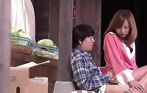 Japanese Materfamilias Banana Accident - LinkFull: https://ouo.io/kle4TM