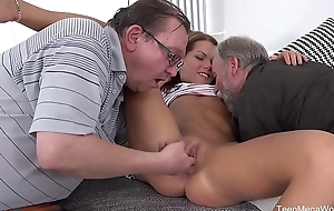 Old-n-Young.com - Riana G - Cutie gets age-old sandwich for help