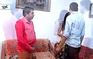 Unsatisfied desi indian bhabhi get hitched latest hawt...