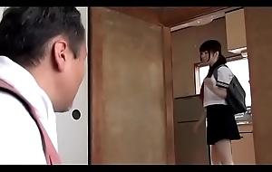 Japanese schoolgirl takes care will not hear of architect (Full: shortina.com/b3hORBEr)