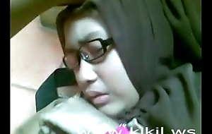 Belle indonesian hijab sweeping intrigue b passion essentially rub-down be transferred less flabbergast
