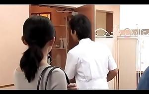 Tricky age japanese woman gets palpate (Full: shortina.com/C0Z3mas)