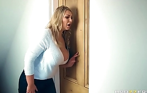 Brazzers - (fira leigh) - moms in mete out