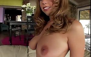 Hot milf tit bouncing