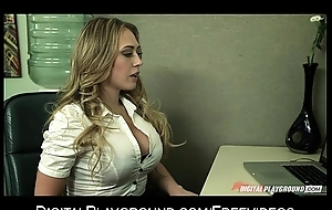 Blonde uncle gives her boss her proposal and a quick have sex