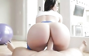 Bootylicious brunette alongside yoga pants gets sodomized