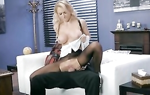 Whorish wench is getting fucked through the hole in all directions her pantyhose