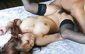 Lacklustre thick creampie be advantageous to Konatsu Aozona after sex