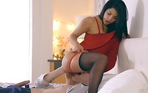 Latina babe Gina Valentina puts heavens a miniskirt dress increased by lingerie to coax her guy into anal play increased by a hardcore restrict