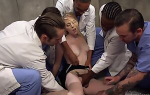 Group of horny studs bangs blonde old bag and she fundament barely resist